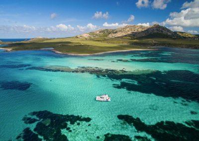 Escursione giornaliera in Catamarano, un giorno intero nel mare dell'Asinara