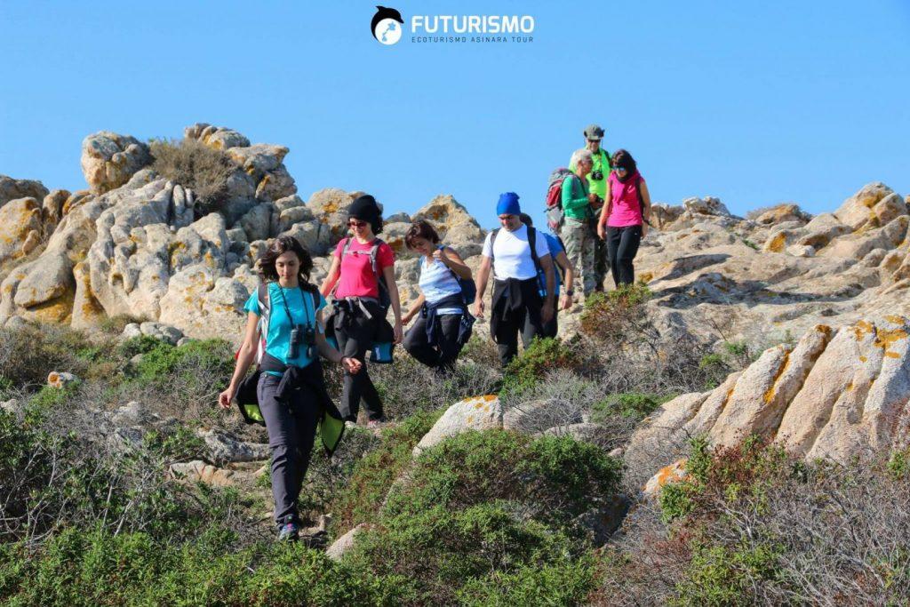 Trekking all'Asinara, Ecoturisti accompagnati dalle Guide di Futurismo - Escursioni Asinara