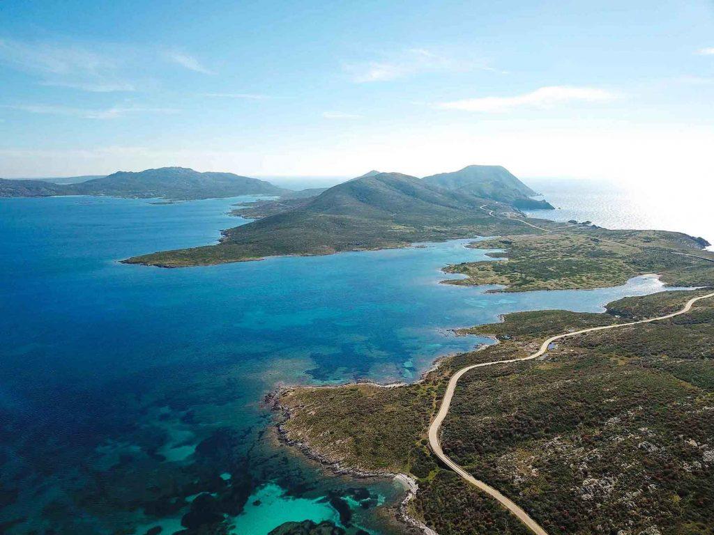 La sinuosità dell'Isola dell'Asinara. Foto Claudio Serra ©.
