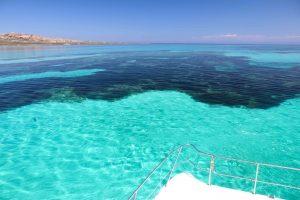 Il Passaggio dei Fornelli fotografato a bordo del Catamarano Pelagos Futurismo Escursioni Asinara